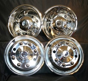 "Freightliner 19.5"" SS Wheel Cover Set for the MT45 M2 FL Series 8 Lugs 4 Hand Holes"